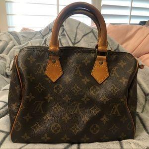 Louis Vutton Monogram Speedy Handbag